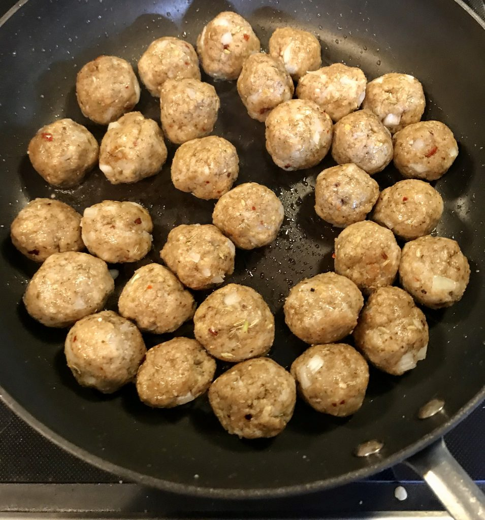 meatballs in a frying pan